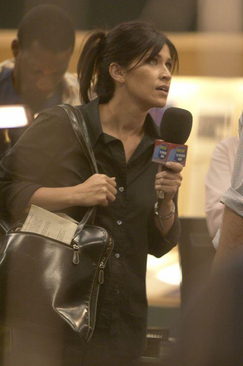 Schon früh erkennt die engagierte Lokal-Reporterin Amy Harkin (Nancy McKeon), dass die Wetterkapriolen durchaus gefährlich werden können. Doch zunäc... - Bildquelle: Hallmark Entertainment