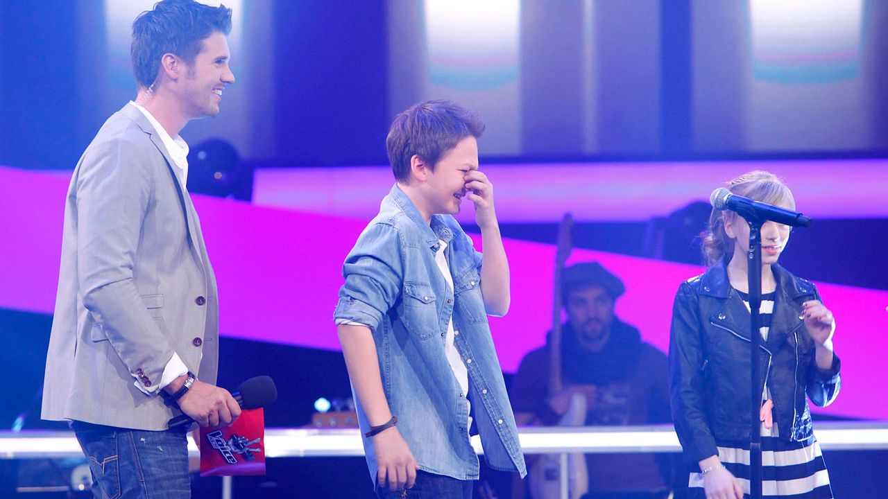 The-Voice-Kids-epi04-Finn-Thea-2-SAT1-Richard-Huebner - Bildquelle: SAT.1/Richard Hübner