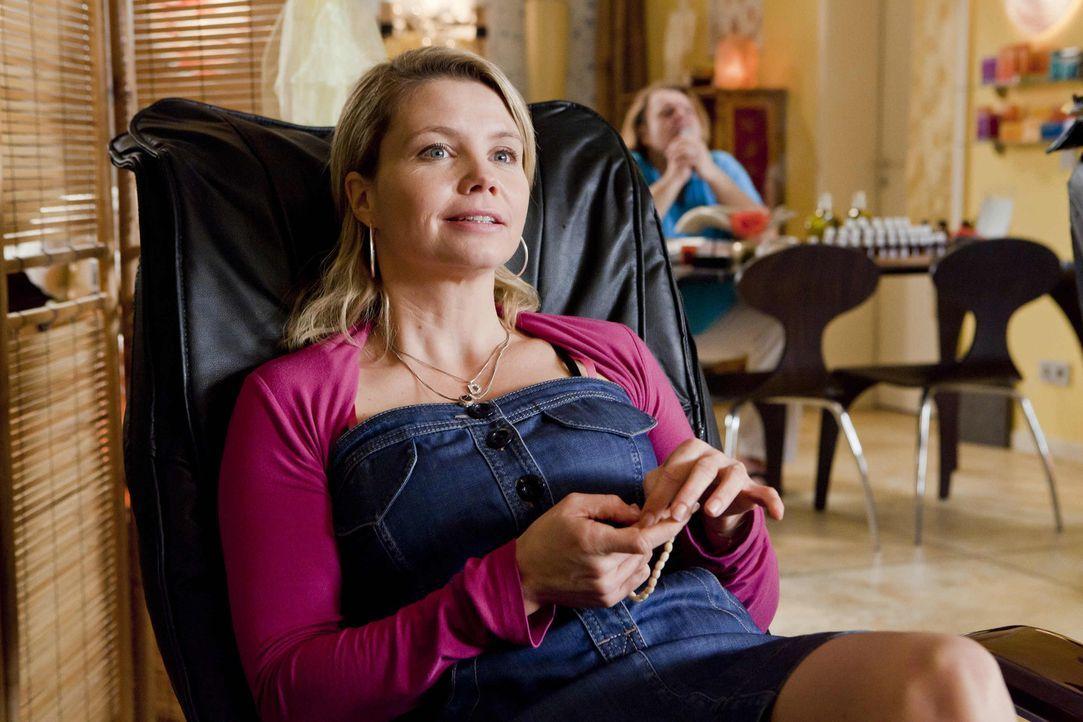 Ein Rechtsfall jagt den nächsten: Danni Lowinski (Annette Frier) ... - Bildquelle: SAT.1