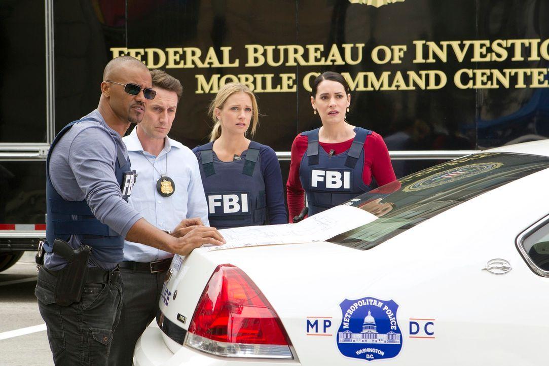 Ermitteln gegen eine Bande von Bankräubern und Serienkillern: Detective William LaMontagne Jr. (Josh Stewart, 2.v.l.), Morgan (Shemar Moore, l.), JJ... - Bildquelle: ABC Studios