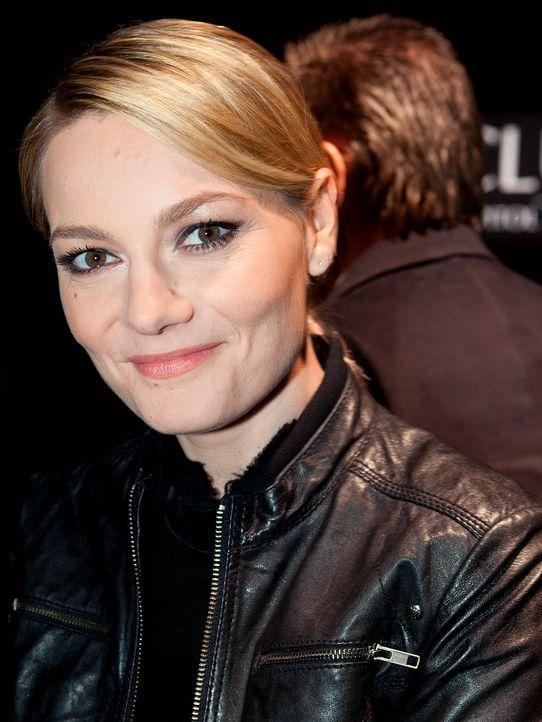 martina-hill-11-11-12-blond-WENN - Bildquelle: WENN