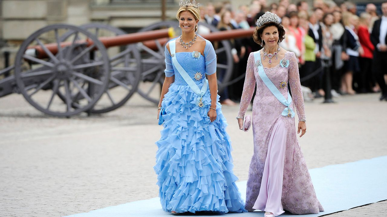 Prinzessin-Madeleine-Koenigin-Silvia-von-Schweden-10-06-19-dpa - Bildquelle: AFP