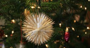 Weihnachtszeit_2015_11_30_Strohsterne Anleitung_Bild 1_pixabay