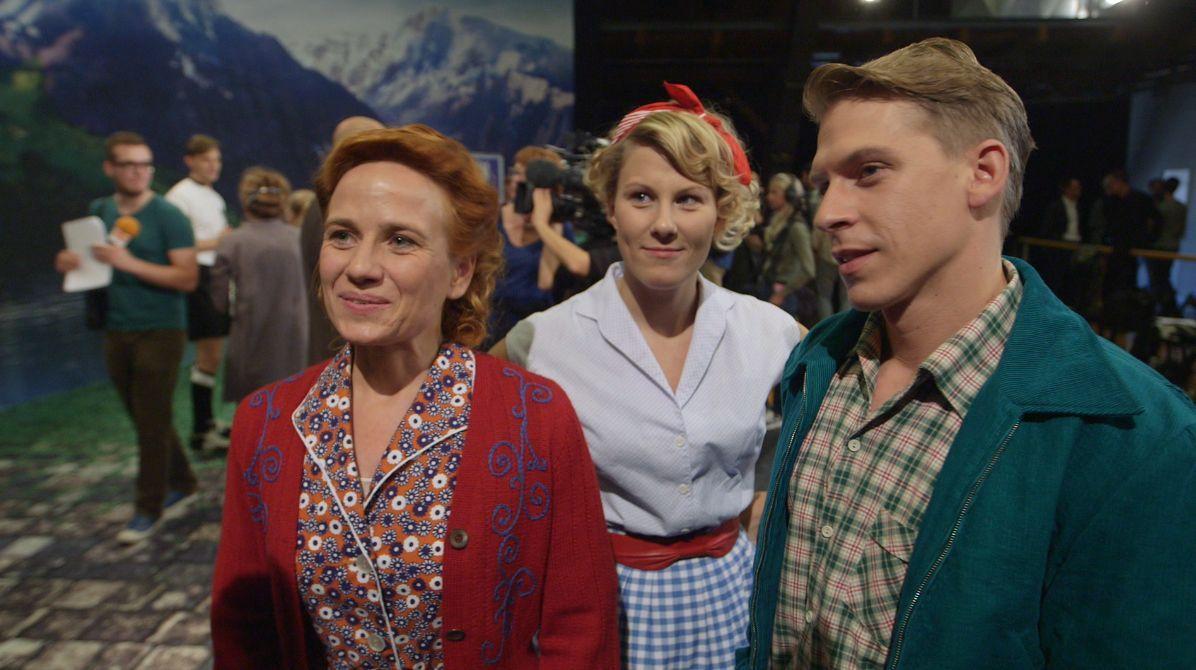 00_August_Pressetermin_Vera Bolten als Christa_Marie Lumpp als Ingrid_David Jacobs als Bruno