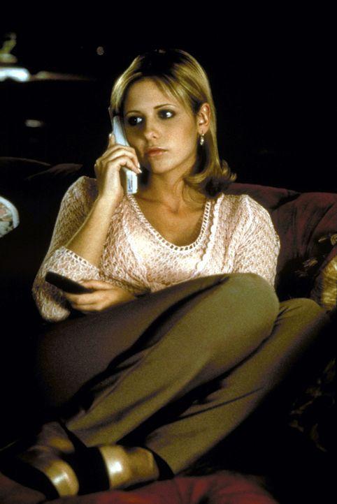 Die Studentin Cic Cooper (Sarah Michelle Gellar) erhält immer häufiger rätselhafte Anrufe ... - Bildquelle: Kinowelt Filmverleih GmbH 1997