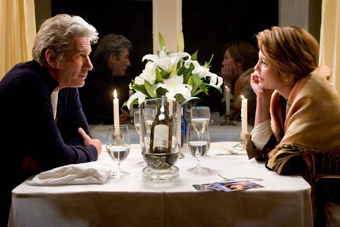 Es ist niemals zu spät für eine zweite Chance: Adrienne (Diane Lane, r.) und Paul (Richard Gere, l.) ... - Bildquelle: Warner Bros.