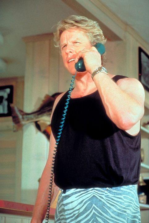 Ty Moncrief (Gary Busey), ehemaliger Drogenfahnder, ist der Anführer einer verwegenen Fallschirmspringertruppe. Eines Tages plant er einen wahnwitz... - Bildquelle: Paramount Pictures