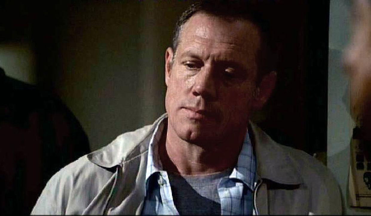 Jack Vaughan (Fredric Lehne) ist der Vater von Lindsey und ein ehemaliger Mafioso, der nun im Zeugenschutzprogramm ist. - Bildquelle: Touchstone Television
