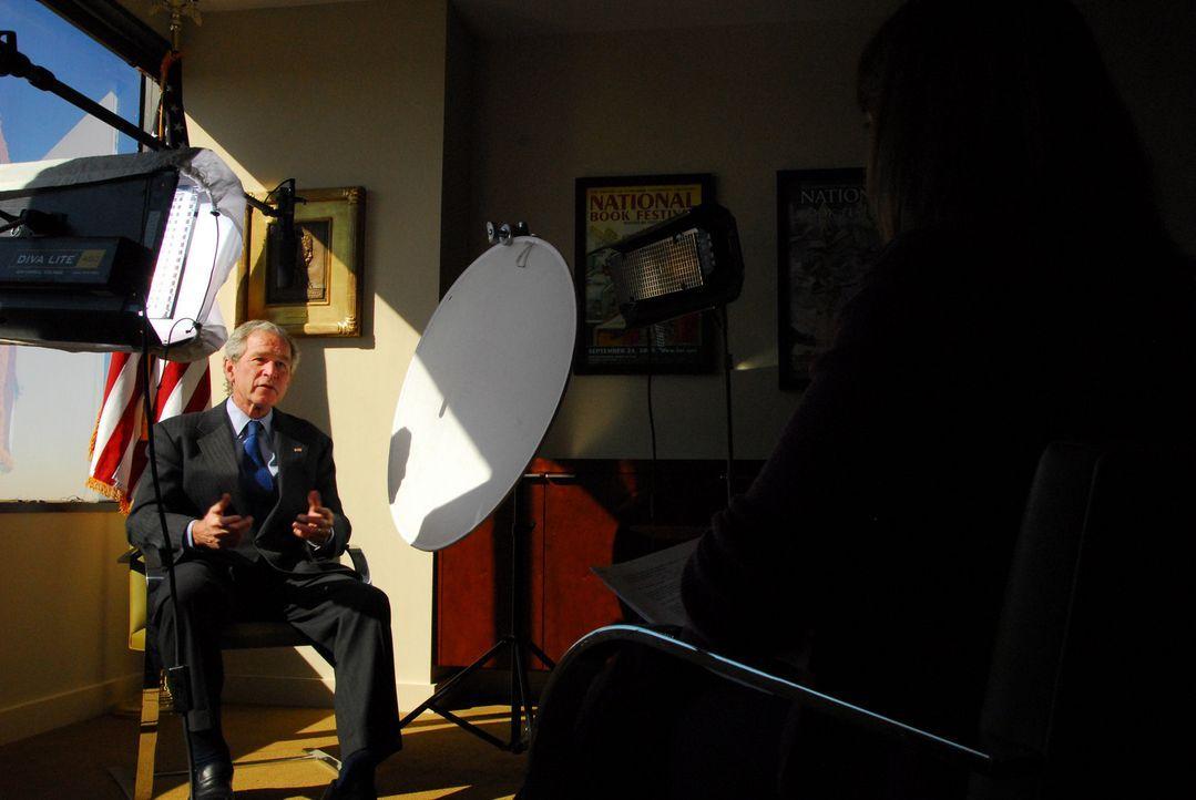 Präsident Bush im Interview - Bildquelle: J.J. Kelley National Geographic Television International