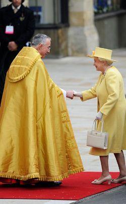 William-Kate-Einzug-Kirche-Queen-ElizabethII-11-04-29-250_404_AFP - Bildquelle: AFP