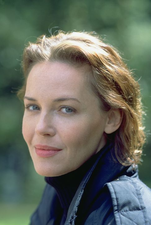 Abby Durrell (Connie Nielsen) - Bildquelle: 2002 by Paramount Pictures. All Rights Reserved.