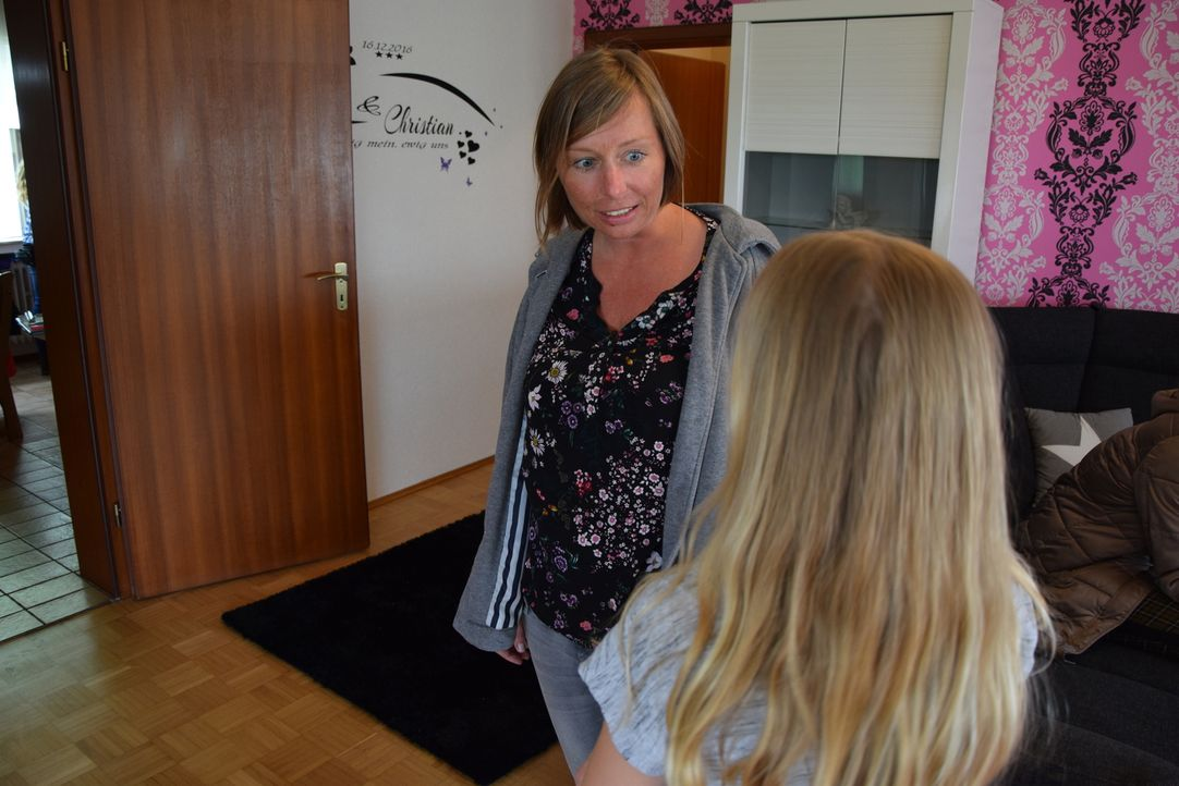 Mit fachlichem Know-How und emotionaler Unterstützung stehen die Familienhelfer, wie Mila Schubert, den Familien im Alltag zur Seite, um das Wichtig... - Bildquelle: SAT.1