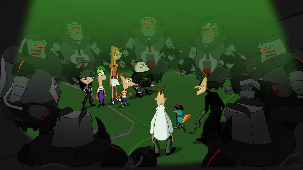 Perry (vorne M.) wurde von Dr. Heinz Doofschmirtz (vorne l.) und dessen Klon (vorne r.) gefangen genommen ... werden ihn seine Freunde befreien kön... - Bildquelle: Disney