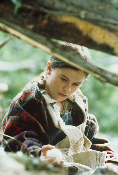 Amy kümmert (Anna Paquin) sich liebevoll um die kleinen Gänseküken ... - Bildquelle: Columbia Pictures
