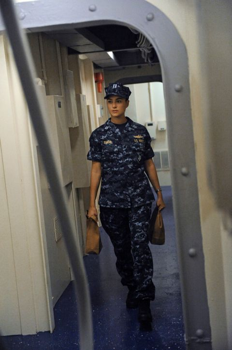 Der Terror gegen US Navy-Schiffe geht weiter: DiNozzo und Ziva (Cote de Pablo) reisen nach Italien, um dort einen Fall aufzudecken ... - Bildquelle: 2012 CBS Broadcasting Inc. All Rights Reserved.