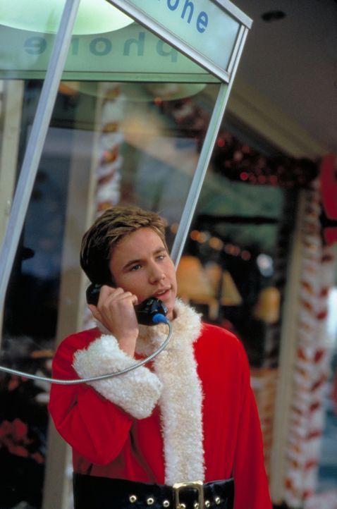 Seit dem Tode seiner Mutter hat Jake (Jonathan Taylor Thomas) kein Weihnachtsfest mehr zu Hause verbracht. Weil sein Vater ihm einen Porsche verspri... - Bildquelle: Alan Markfield Disney Enterprises Inc. / Alan Markfield