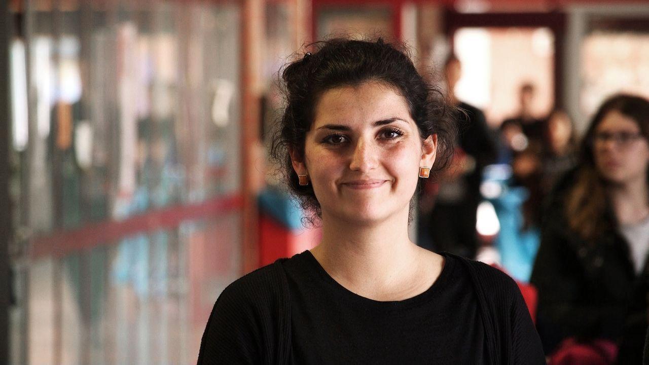 Frisch von der Uni ist Saliha Shagasi durch ihre jugendliche Art und ihre hohe Kommunikationsfreudigkeit eine wahre Bereicherung für das Team der Sc... - Bildquelle: SAT.1