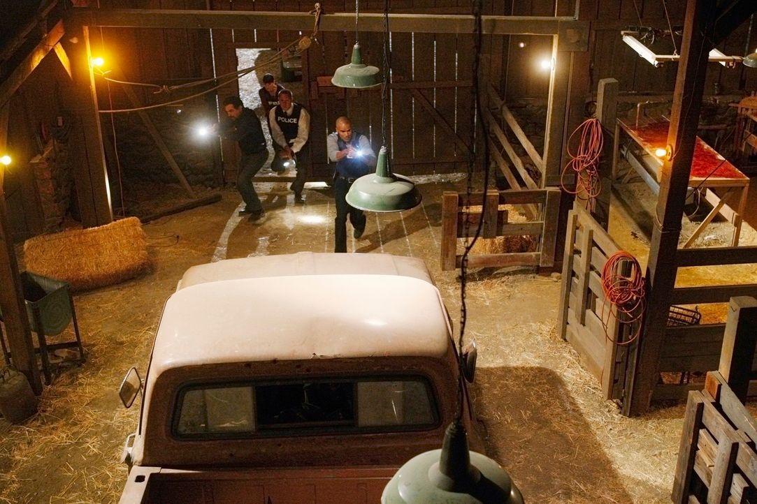 Das Team hat den Tatort gefunden, doch vom Täter ist weit und breit keine Spur. Jetzt beginnt ein Wettlauf mit der Zeit für Officer Jeff Bedwell (Jo... - Bildquelle: Touchstone Television