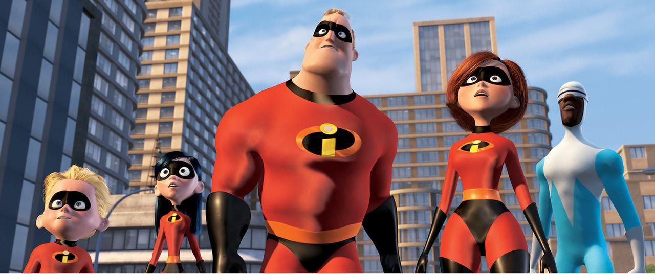 Sagen dem fiesen Syndrome, der alle Superhelden auslöschen will, den Kampf an (v.l.n.r.): Flash, Violetta, Mr. Incredible, Elastigirl und Frozone ... - Bildquelle: Disney/Pixar. All rights reserved