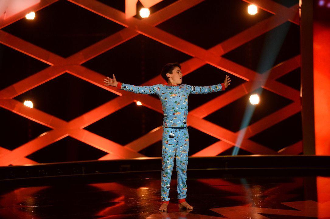 Bboy Lil'Justy versucht alles, um die Jury mit seiner Performance zu erreichen ... - Bildquelle: Willi Weber SAT.1