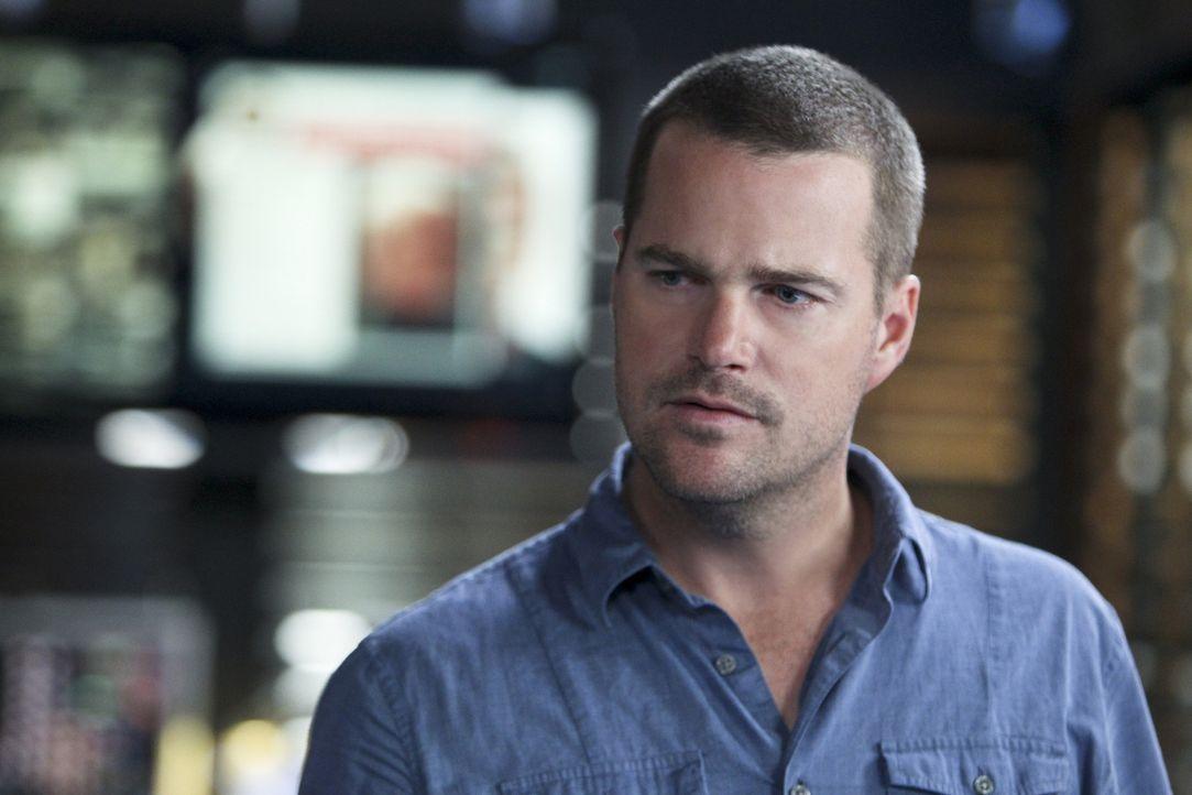 Versucht alles, um seine Kollegen zu retten: Callen (Chris O'Donnell) ... - Bildquelle: CBS Studios Inc. All Rights Reserved.