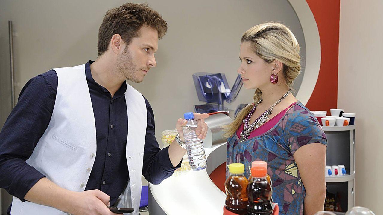 Anna-und-die-Liebe-Folge-235-02-Sat1-Claudius-Pflug - Bildquelle: SAT.1/Claudius Pflug