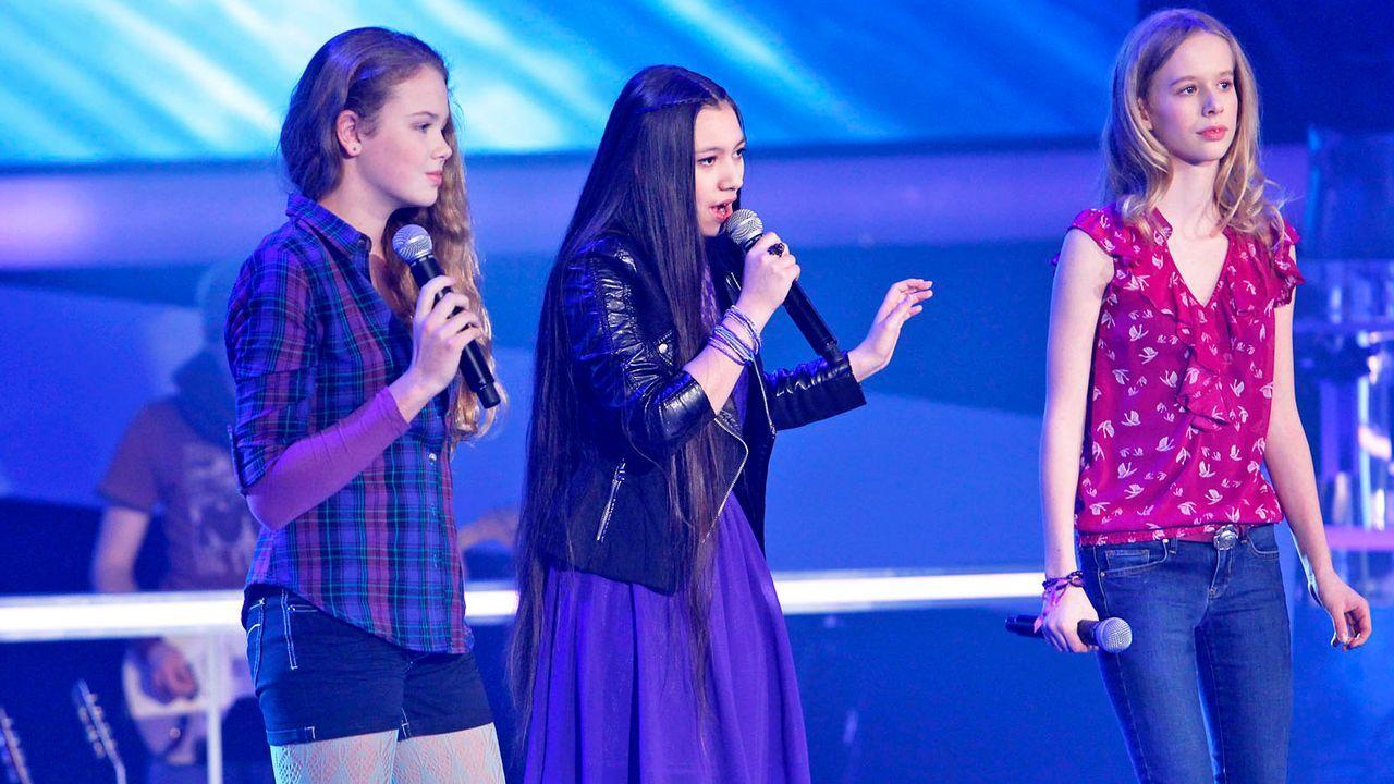 The-Voice-Kids-epi04-LaraMarie-Hannah-Kieu-28-SAT1-Richard-Huebner - Bildquelle: SAT.1/Richard Hübner