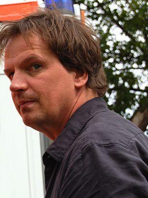 Christian Becker als Ermittler Christian König - Bildquelle: Sat1