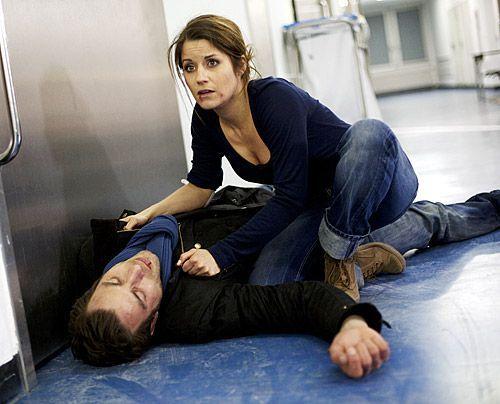 Bea macht sich große Sorgen um Michael, der plötzlich zusammenbricht ... - Bildquelle: David Saretzki - Sat1