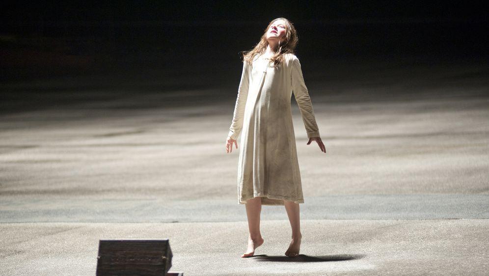 Possession - Das Dunkle in dir - Bildquelle: Diyah Pera Box Productions, LLC 2011