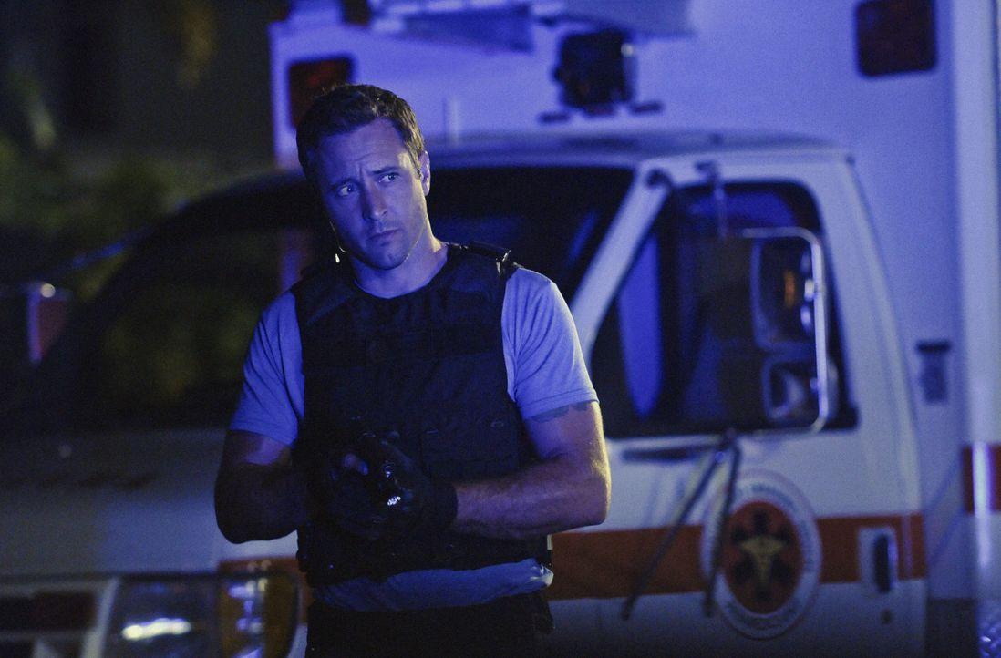 Für Steve (Alex O'Loughlin) und seine Kollegen beginnt ein Wettlauf mit der Zeit ... - Bildquelle: 2012 CBS Broadcasting, Inc. All Rights Reserved.