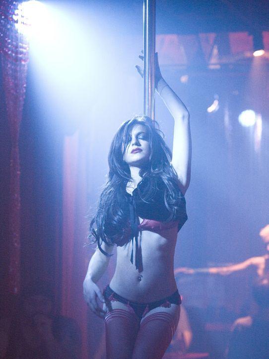 Ist die Stripperin Dakota (Lindsay Lohan) wirklich die Musterschülerin Aubrey? - Bildquelle: Sony 2007 CPT Holdings, Inc.  All Rights Reserved.