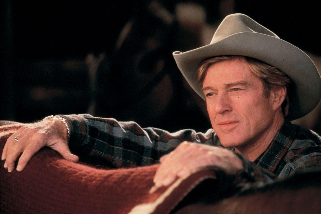 Hat die außergewöhnliche Gabe, sich in die Psyche von Pferden hineinzuversetzen: Tom Booker (Robert Redford) ... - Bildquelle: Touchstone Pictures