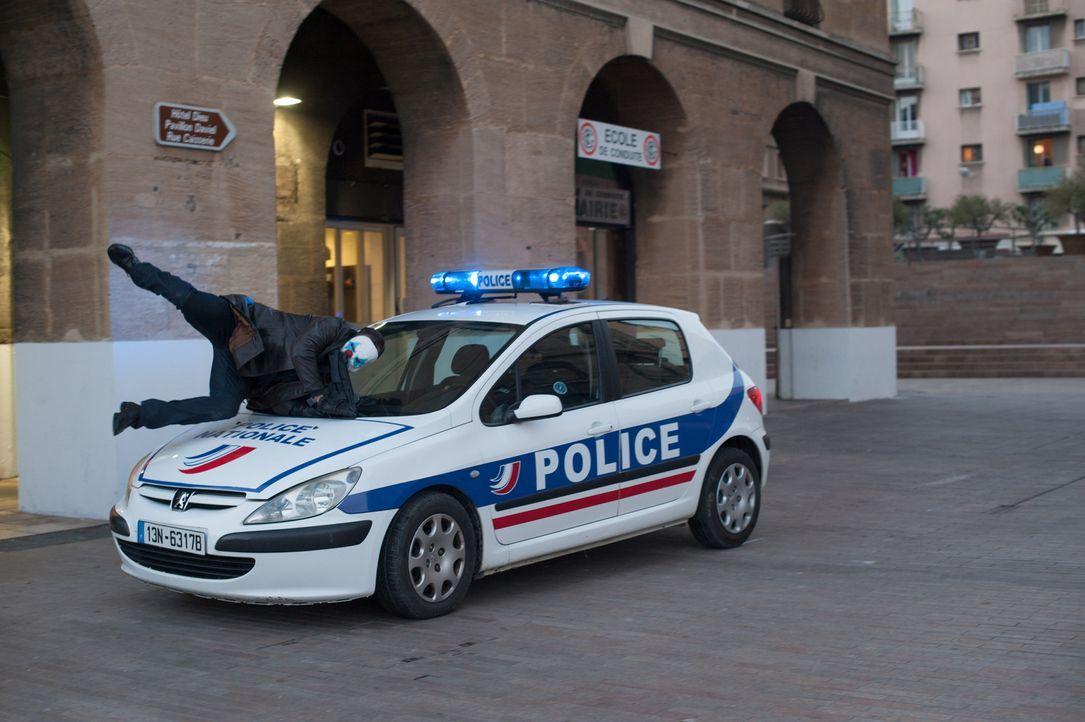 Immer wieder gelingt es den Räubern, der Polizei zu entkommen ... - Bildquelle: Francois Lefebvre Tandem Productions GmbH. TF1 Production SAS. All rights reserved