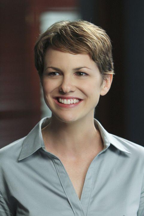 Gut oder böse? CIA-Agentin Jenna Kaye (Larisa Oleynik) ... - Bildquelle: 2011 CBS BROADCASTING INC.  All Rights Reserved.