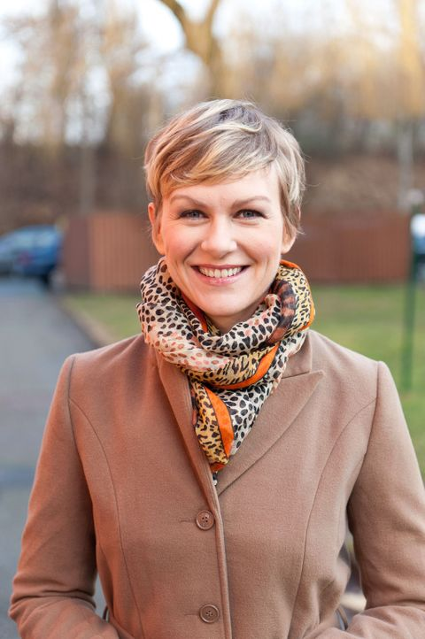 Karen Heinrichs hilft Menschen, die ihr ganzes Leben lang auf der Suche nach ihren wahren Wurzeln sind ... - Bildquelle: SAT.1