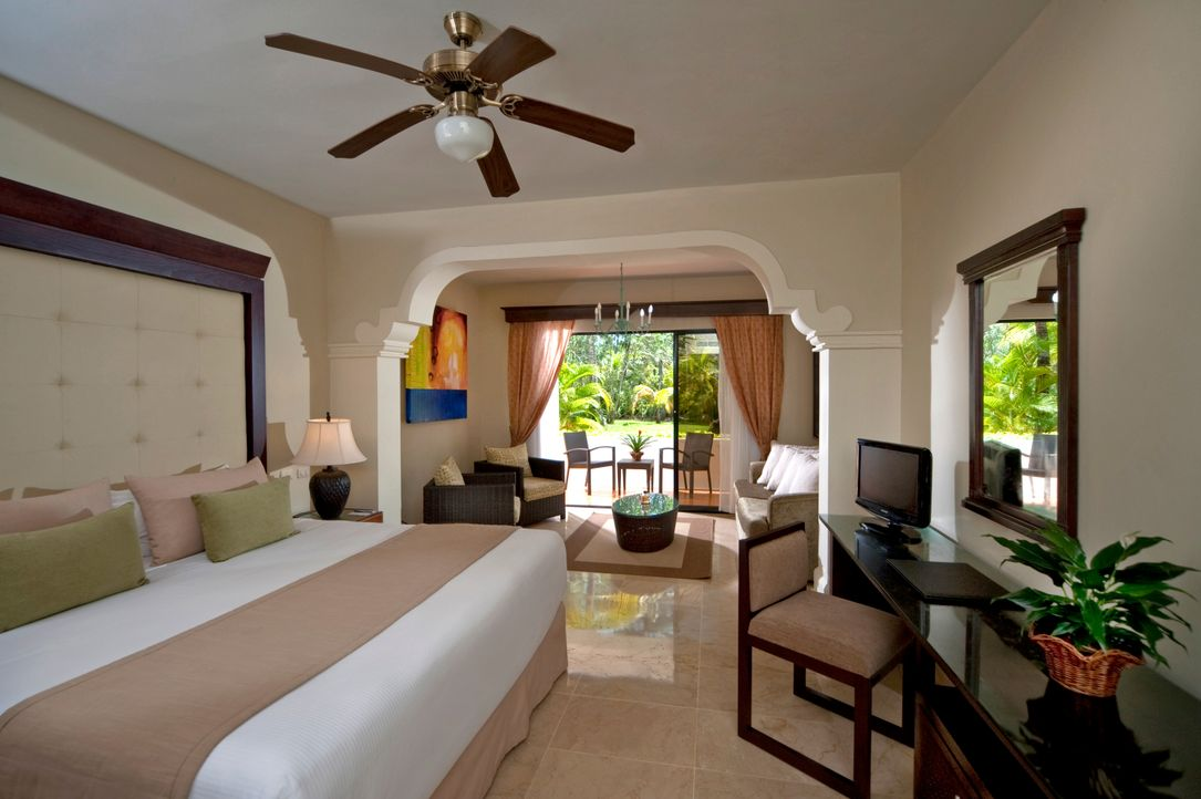 10MeliaCaribeTropical-DeluxeJrRoom