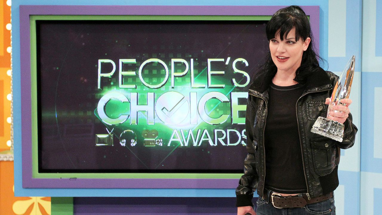 pauly-perrette-11-01-03-people-choice-award-getty-AFP - Bildquelle: getty-AFP