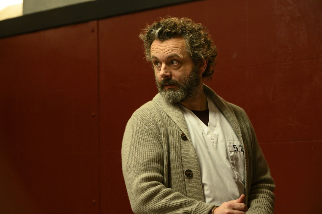 Dr. Martin Whitly (Michael Sheen) - Bildquelle: David Giesbrecht 2019 Warner Bros. Entertainment Inc. All Rights Reserved. / David Giesbrecht