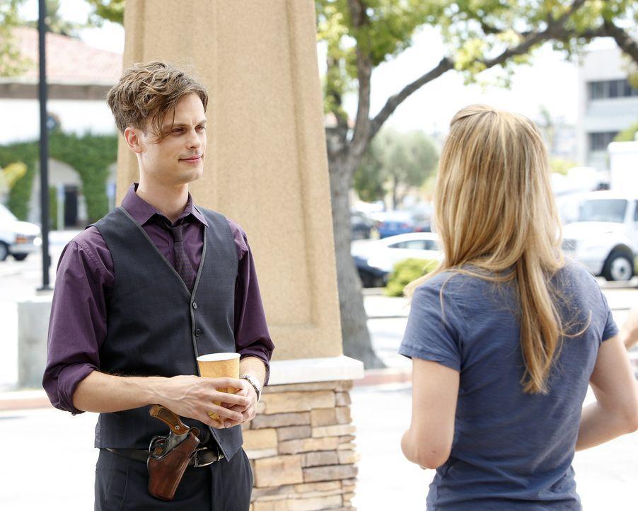 Die Suche nach einem Killer bringt die BAU nach Arizona. Reid (Matthew Gray Gubler, l.) und JJ (AJ Cook, r.) geben alles um ihn endlich zu fassen ... - Bildquelle: ABC Studios