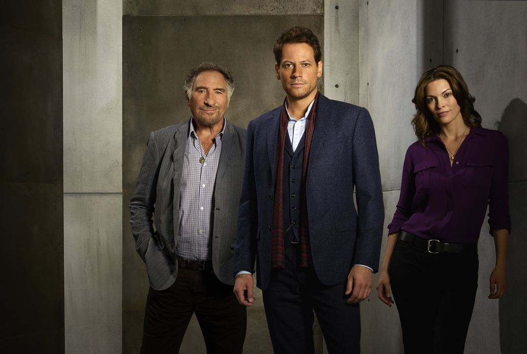 Forever: Judd Hirsch, Ioan Gruffudd, Alana de la Garza - Bildquelle: Warner Brothers