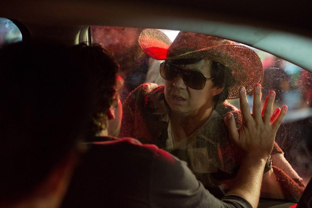 Auch Schlitzohr Chow (Ken Jeong) hat manchmal Gefühle ... - Bildquelle: 2013 Warner Brothers