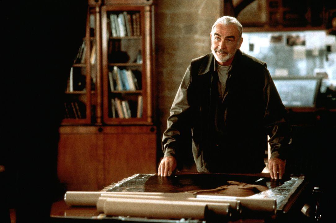 Mit der Entspanntheit eines wirklich Erfolgreichen, präsentiert Meisterdieb MacDougal (Sean Connery) seine kostbaren Beutestücke ... - Bildquelle: 20th Century Fox.