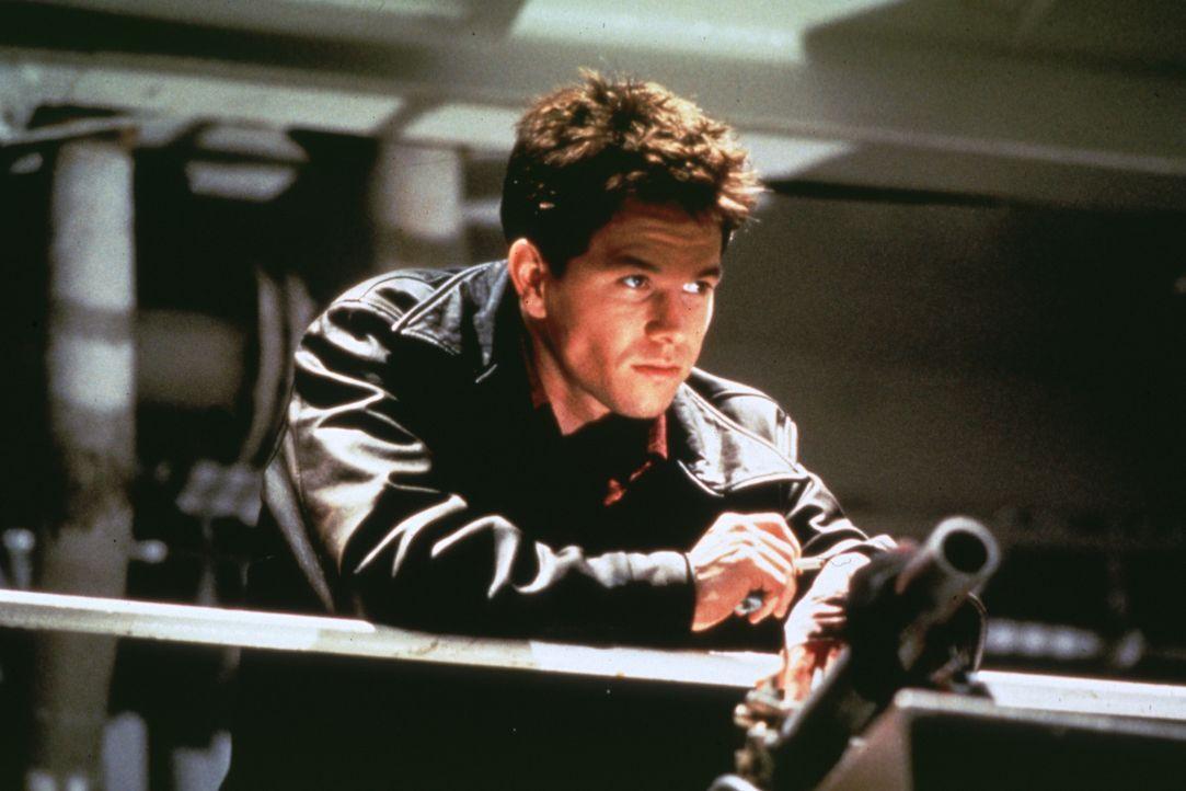 Der Neuling bei der Polizei, Danny Wallace (Mark Wahlberg), scheint eiserne Nerven und ein untrügliches Gespür für für Begebenheiten, die Ärger bede... - Bildquelle: Kinowelt Filmverleih GmbH