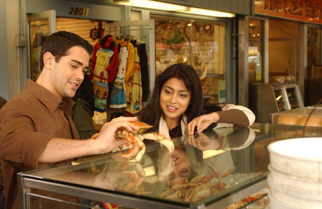 Priya R. Sethi (Shriya Saran, r.) und Granger Woodruff (Jesse Metcalfe, l.) haben jede menge Spaß zusammen in San Francisco. - Bildquelle: 2008 OEL Productions, INC. All Rights Reserved.