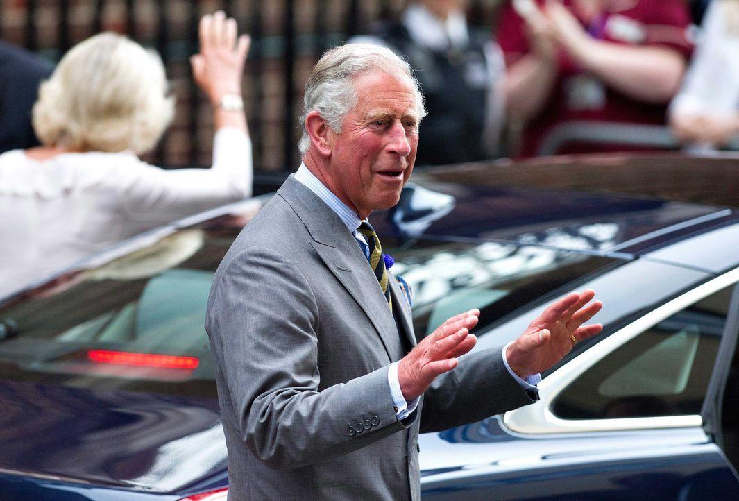 Prinz Charles kündigte seinen Enkel an - Bildquelle: dpa, Verwendung nur in Deutschland