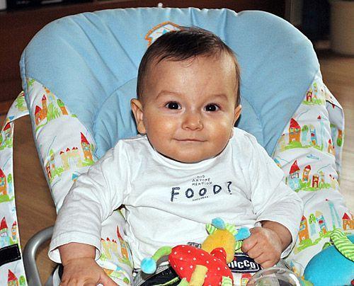 Julian, Enkel von Monika - Bildquelle: Sat1