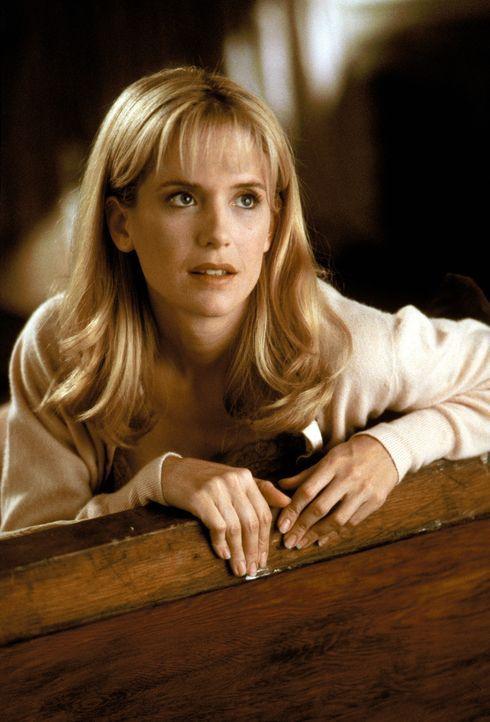Als Linda (Kelly Preston) als Haushilfslehrerin nach New York versetzt wird, lässt sie ihren Lebensgefährten Sam zu Hause zurück. In New York ang... - Bildquelle: Warner Brothers International