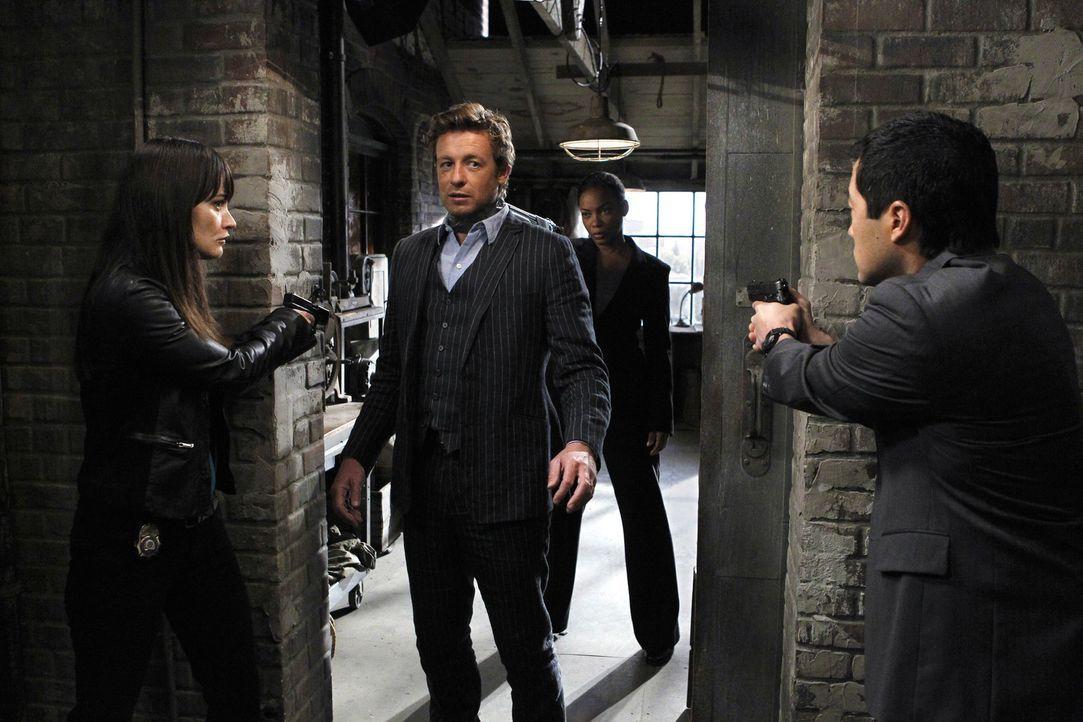 Ein Antiquitätenhändler wird ermordet. Der Verbrecher wird im Team des CBI vermutet. Eine interne Hetzjagd wird gestartet, denn jeder ist auf einm... - Bildquelle: Warner Bros. Television