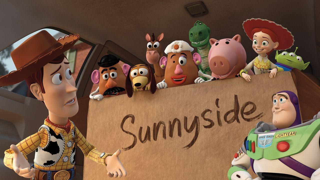(v.l.n.r.) Sheriff Woody; Charlie Naseweis; Slinky Dog; Bullseye; Charlotte Naseweis; Rex; Specki; Jessie; Alien; Buzz Lightyear - Bildquelle: Disney/Pixar